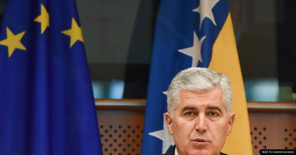 Bildt ser nya problem i bosnien